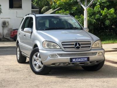 2005 Mercedes ML350
